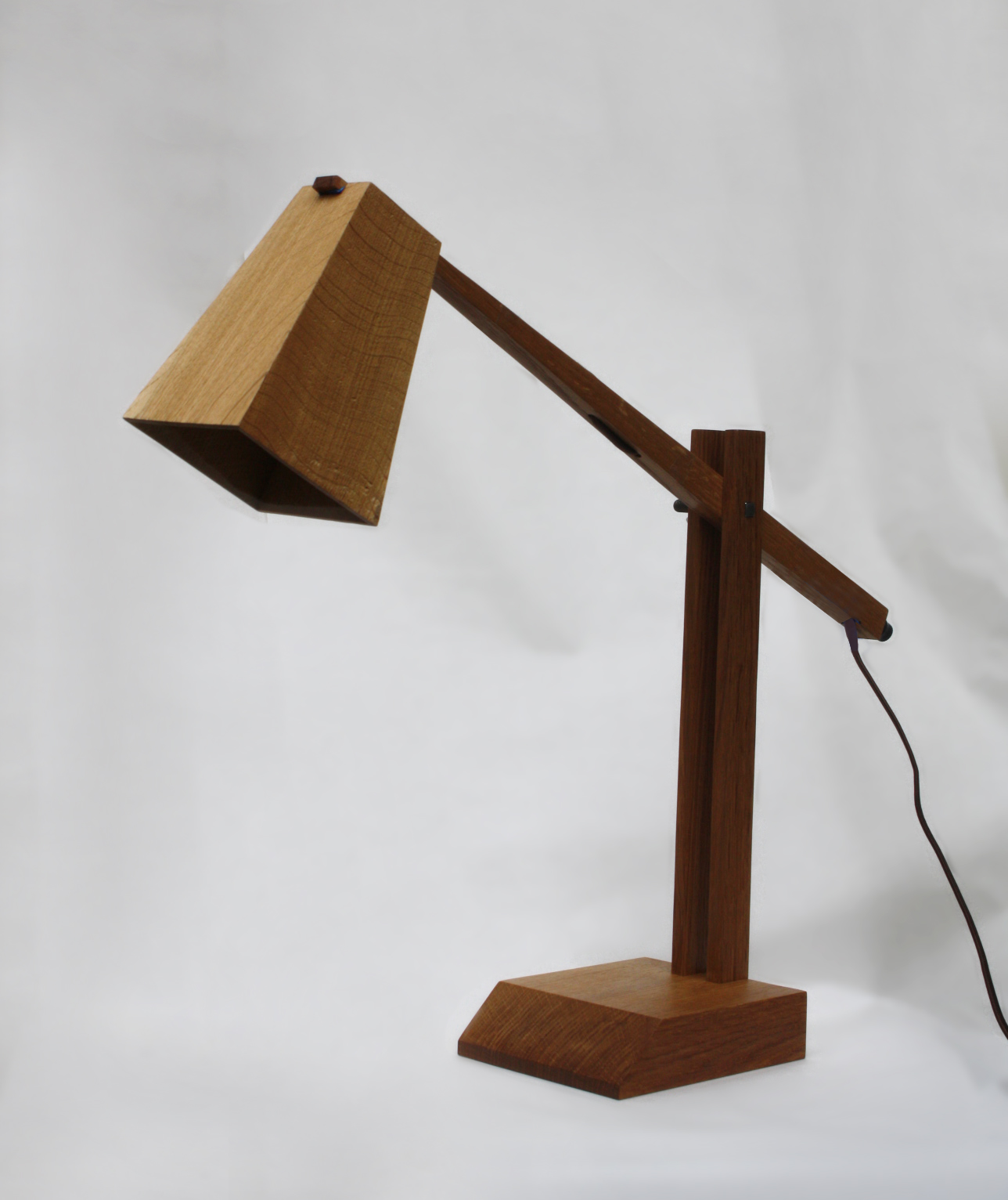 Making wooden table lamps quick woodworking projects for Lamp wooden